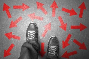 Viele Pfeile - Entscheidung - in welche Richtung?