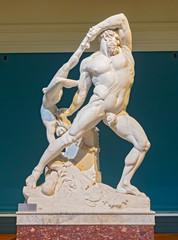 Sculpture Ercole e Lica bu Antonio Canova