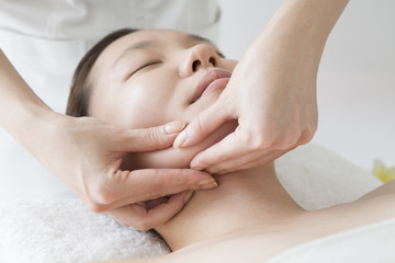 Lift up massage