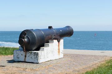Cannon at sea