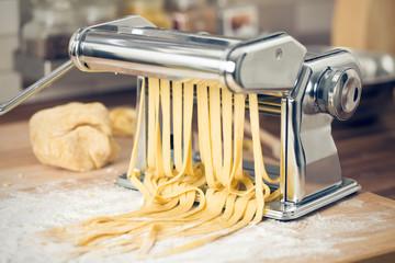 fresh pasta and pasta machine