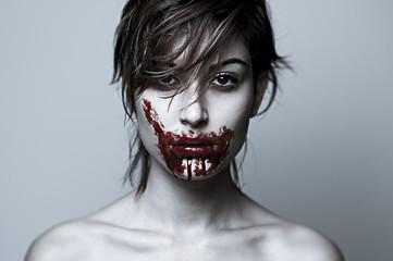 ragazza cannibale