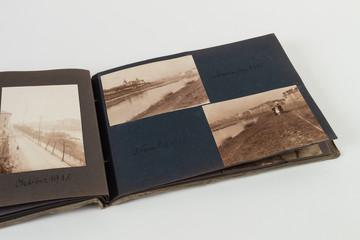 Album alt um 1900 mit Bildern