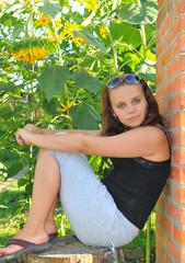 Портрет симпатичной молодой девушки