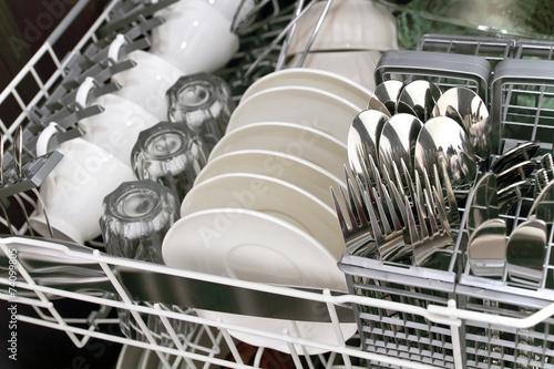 Leinwanddruck Bild .Dishwasher