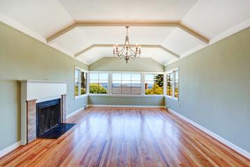 Empty specious living room