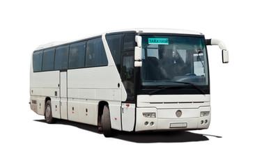 Заказной междугородний автобус на белом фоне с тенью