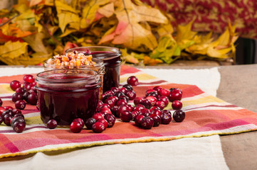 Cranberry sauce with red cranberries
