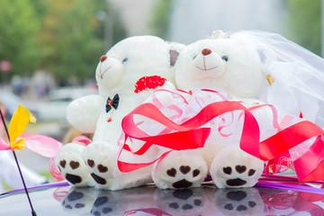Плюшевые мишки как украшение свадьбы