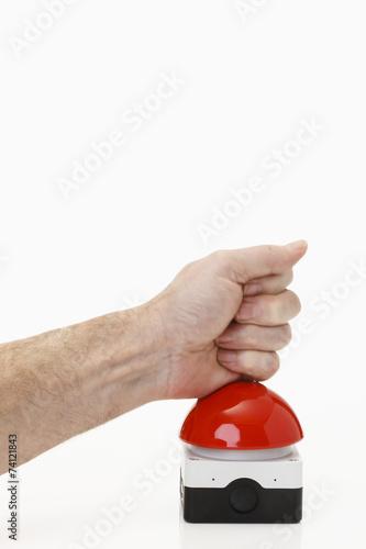 Roter Buzzer mit Hand - 74121843