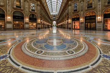 Galleria notturna 5