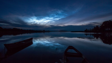 Night clouds (noctilucent clouds)