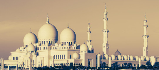 Panoramic view of Sheikh Zayed Mosque
