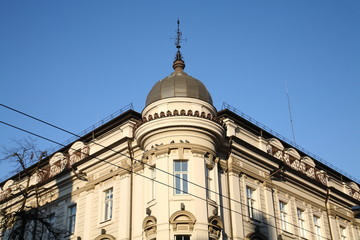 Building in the city center