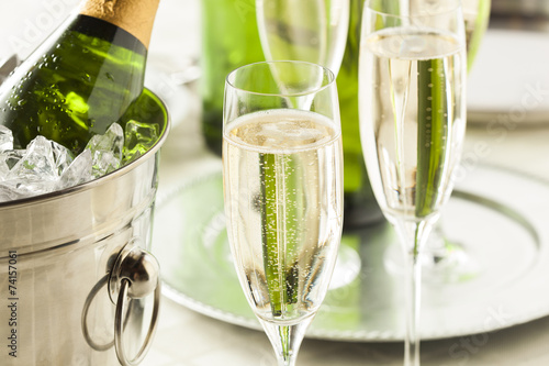 Plexiglas Bar Alcoholic Bubbly Champagne for New Years