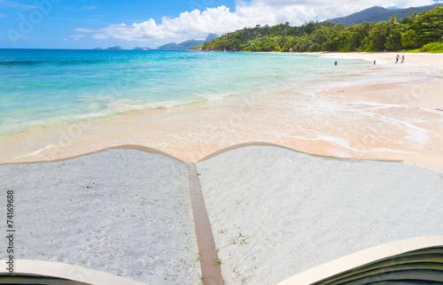 canvas print picture les Seychelles à livre ouvert