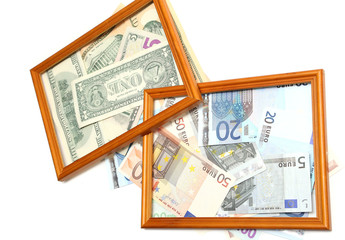 валюта в рамке на белом фоне