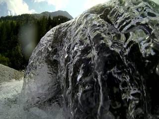 torrente in alta montagna