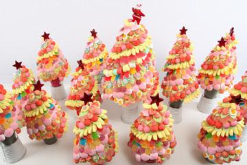 Forêt de sapins en bonbons