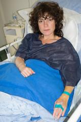 Femme hospitalisée