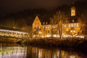 Abendbeleuchtung im Winter in Wolfratshausen