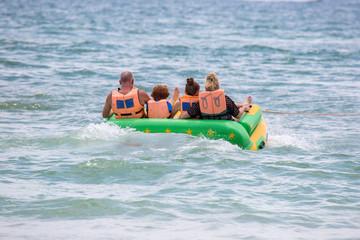 Wassersport - Schlauchboot-Spass