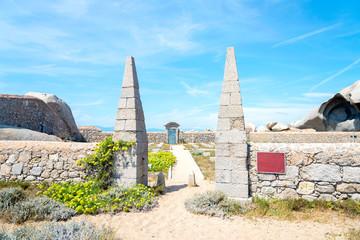 Cemetery of the crew at Cala Acciarino on the Lavezzi island