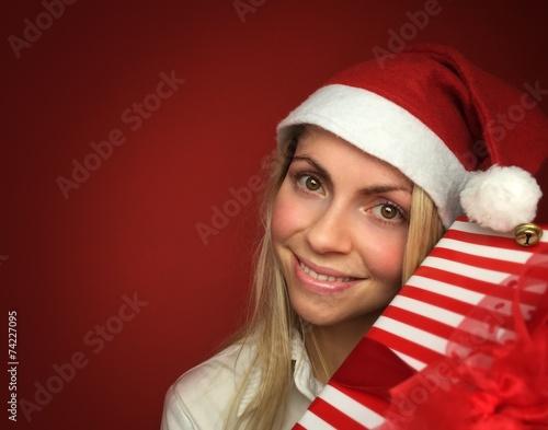 canvas print picture Frau mit Geschenk zu Weihnachten