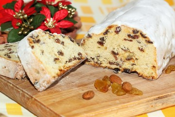 Christmas cake called twist