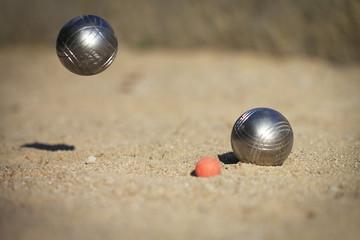 2 boules de pétanque