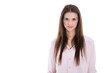 Junge Frau isoliert mit langen Haaren und rosaroter Bluse