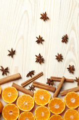 fruits (orange, mandarine), cinnamon and anise