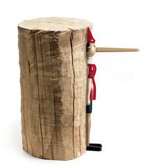 Ceppo di legno con pinocchio