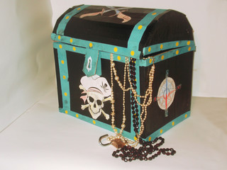 Homemade, pirate chest for children, adorned with pictures