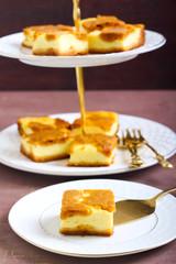 Pumpkin cheesecake bars