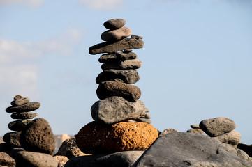 The Buddhist Traditional Stone Pyramids