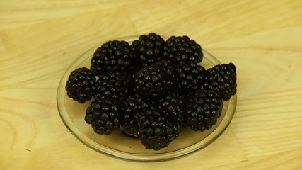 Blackberries in a glass dish