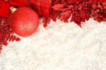 Decorazioni natalizie in rosso