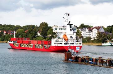 Frachtschiff, Kiel-Holtenau