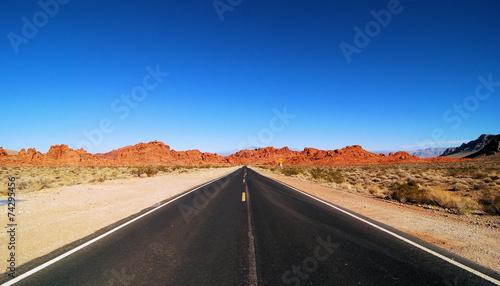 Aluminium Woestijn Endless Highway