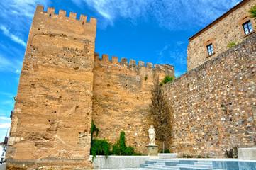 Ciudades medievales, Cáceres, Torre de la Hierba y muralla