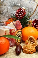 Christmas tangerines, turkish sweet; lokum, pinecone and brittle