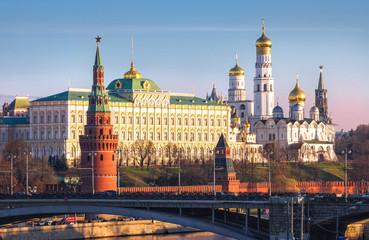 Утро Кремля