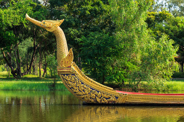Royal Barge Suphannahong king palace
