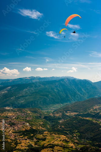 Foto op Aluminium Luchtsport Paragliding on the sky
