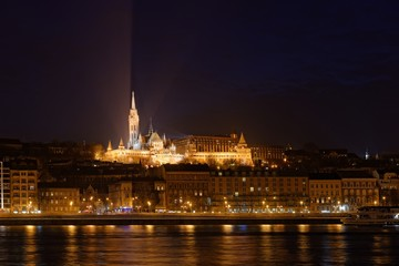 Night view of the Mathias Church