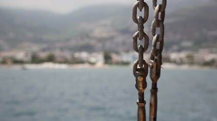 chain on the excursion boat