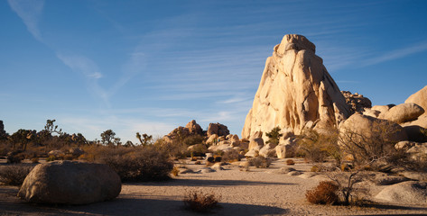 Beautiful Easy Climbing Rockface Joshua Tree National Park