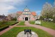 Leinwanddruck Bild - Rathaus in Jork, Altes Land, Deutschland