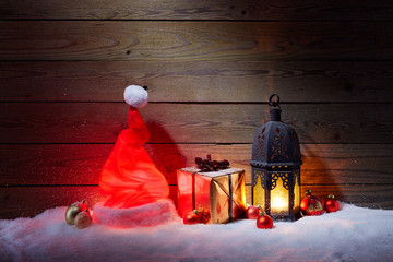 Shining Santa Hat with gift and lantern